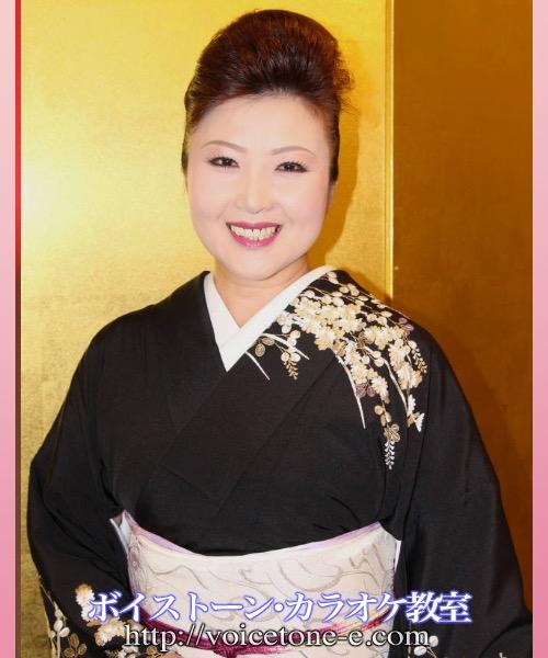 桜季愛子ボイストーンカラオケ教室